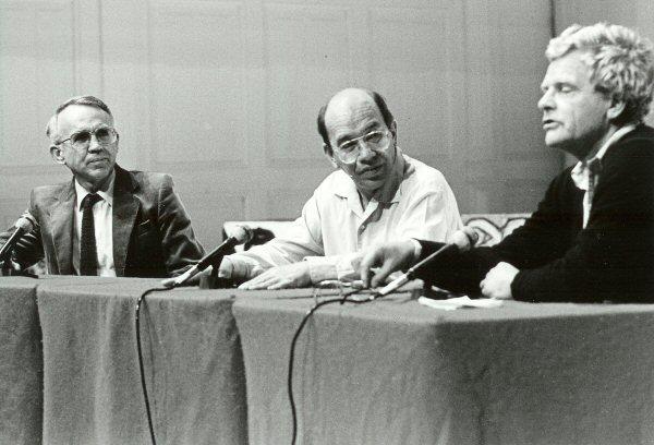 C. van de Watering, Cornets de Groot en R.L.K. Fokkema op 14 okt. 1984 in De Balie, Amsterdam.
