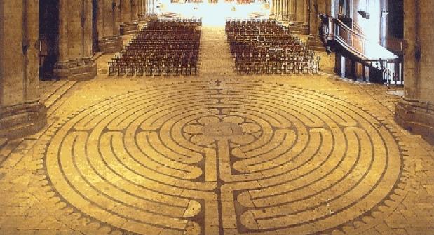 Labyrint in de kathedraal van Chartres.