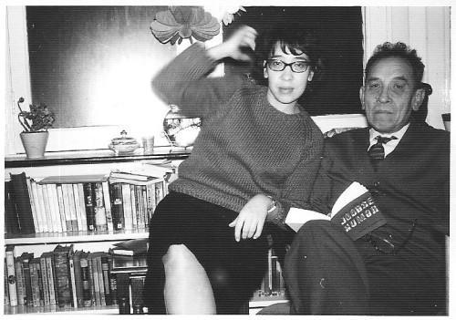 Louise Heeresma en haar vader Piet Cornets de Groot, ±1970.